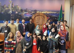 PHOTOS: Muslim Youth Leadership Program Introduces Students to Activism, Top Professionals in Positions of Influence